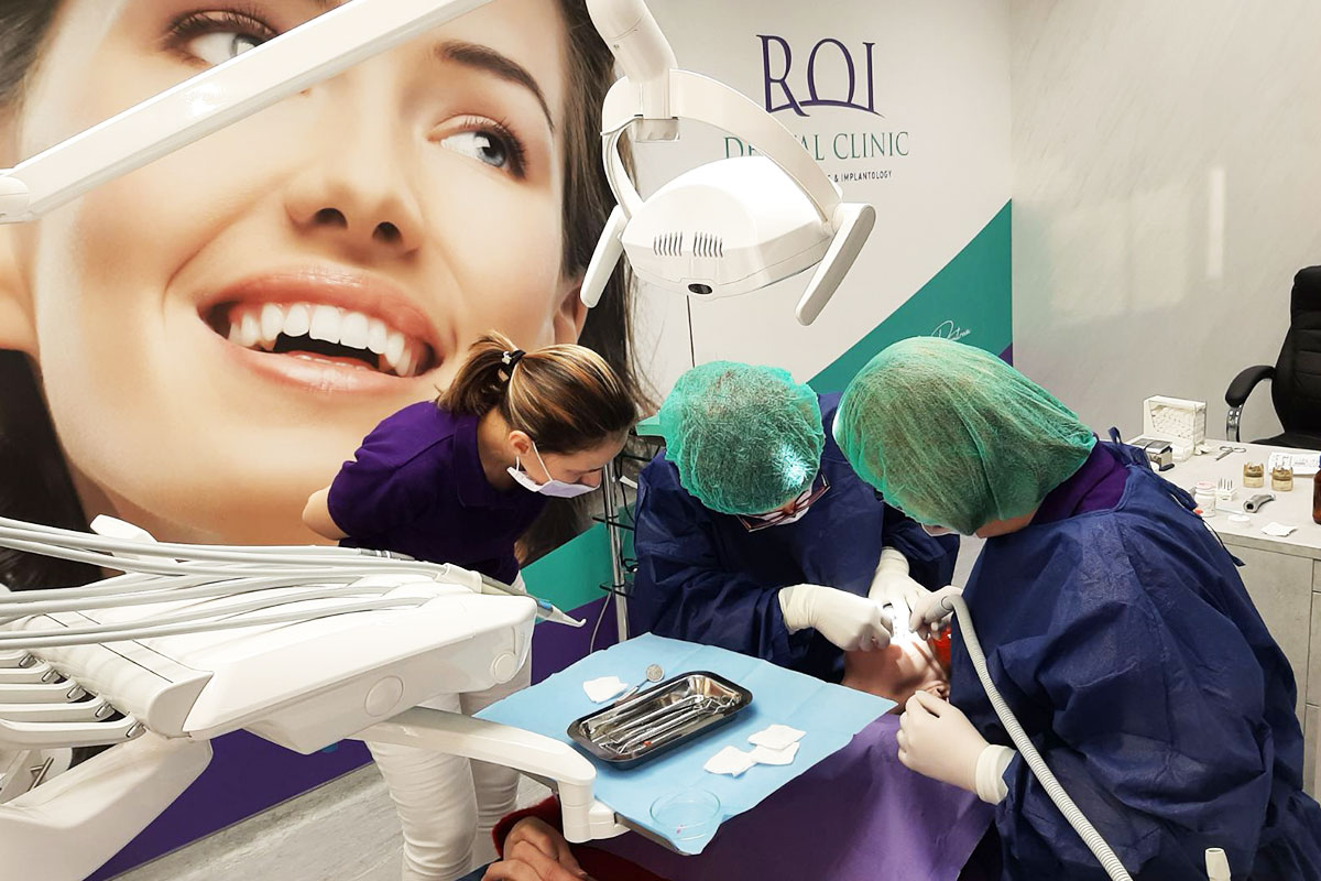 Кабинет в профилираната клиника за ортодонтия и имплантология | ROI Dental Clinic