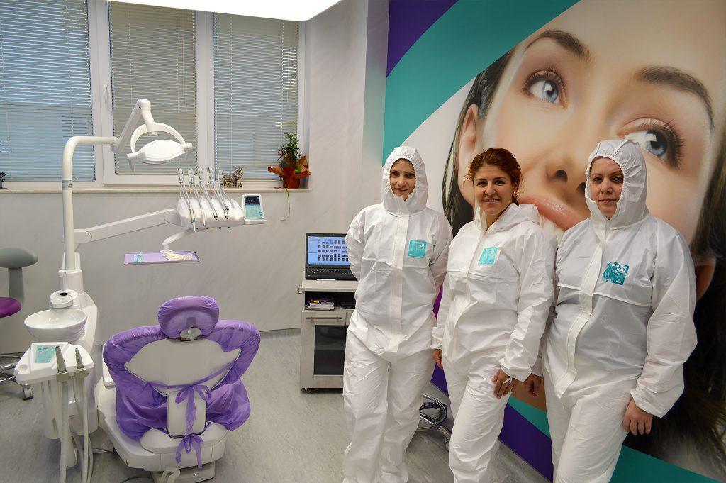 ROI Dental Clinic ще работи за пациенти с неотложни нужди.